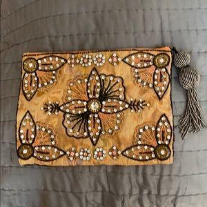 Beaded clutch purse